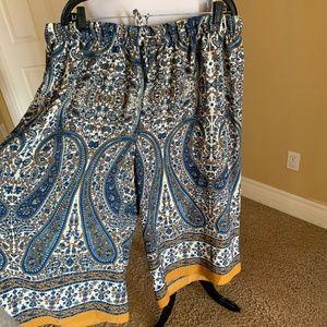 Beautiful patterned culotte pant